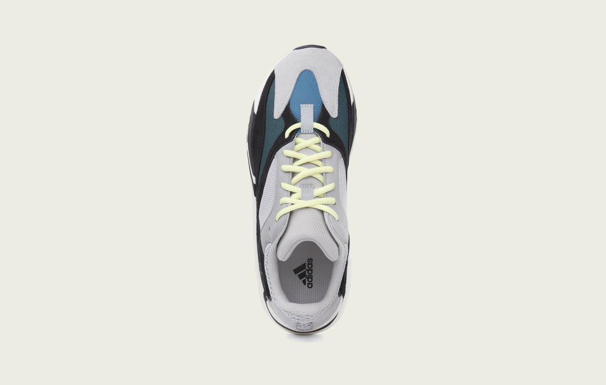 03-adidas-yeezy-wave-runner-700-B75571