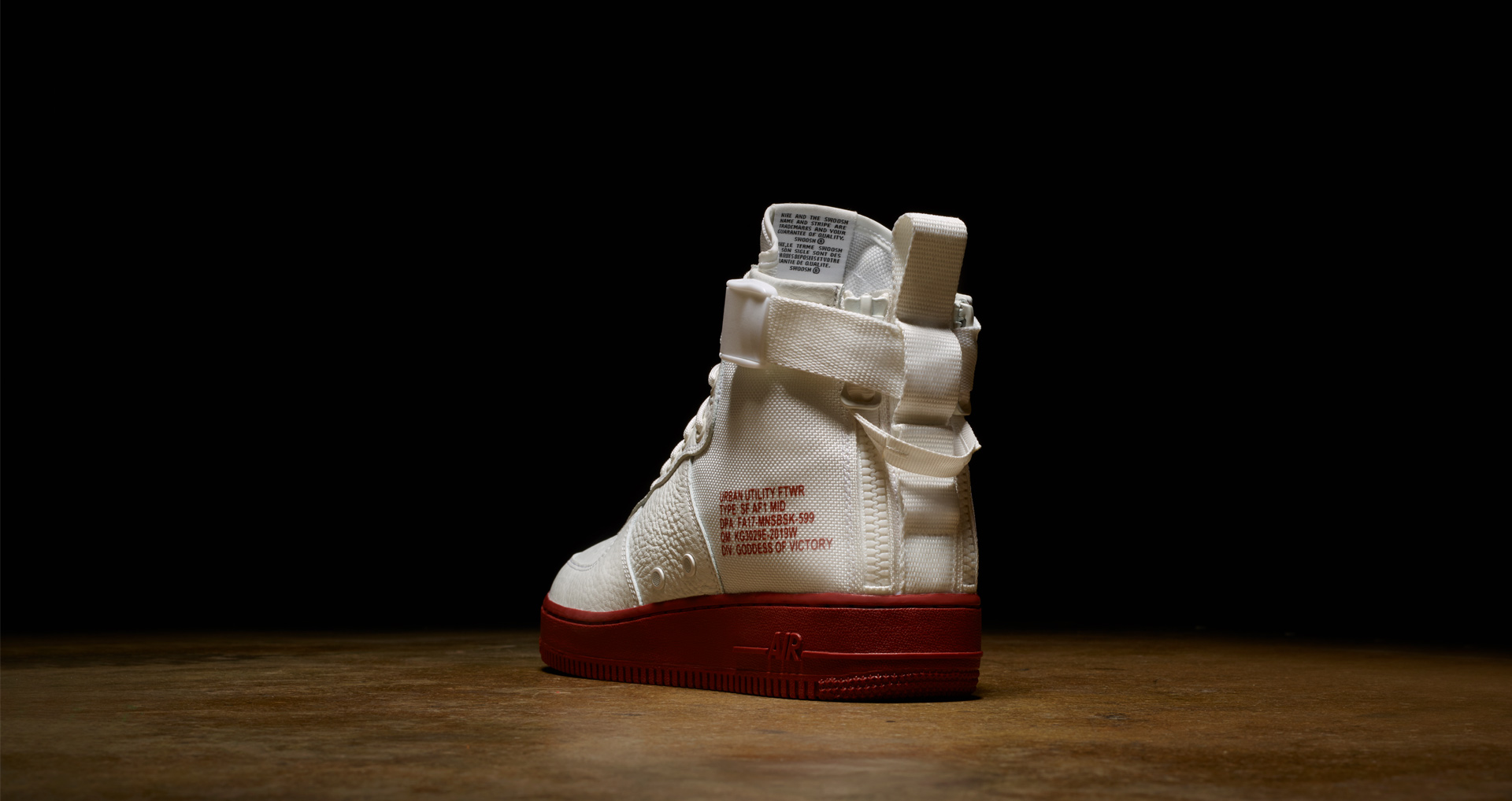 nike-sf-af-1-special-field-air-force-1-mid-ivory-mars-stone-1