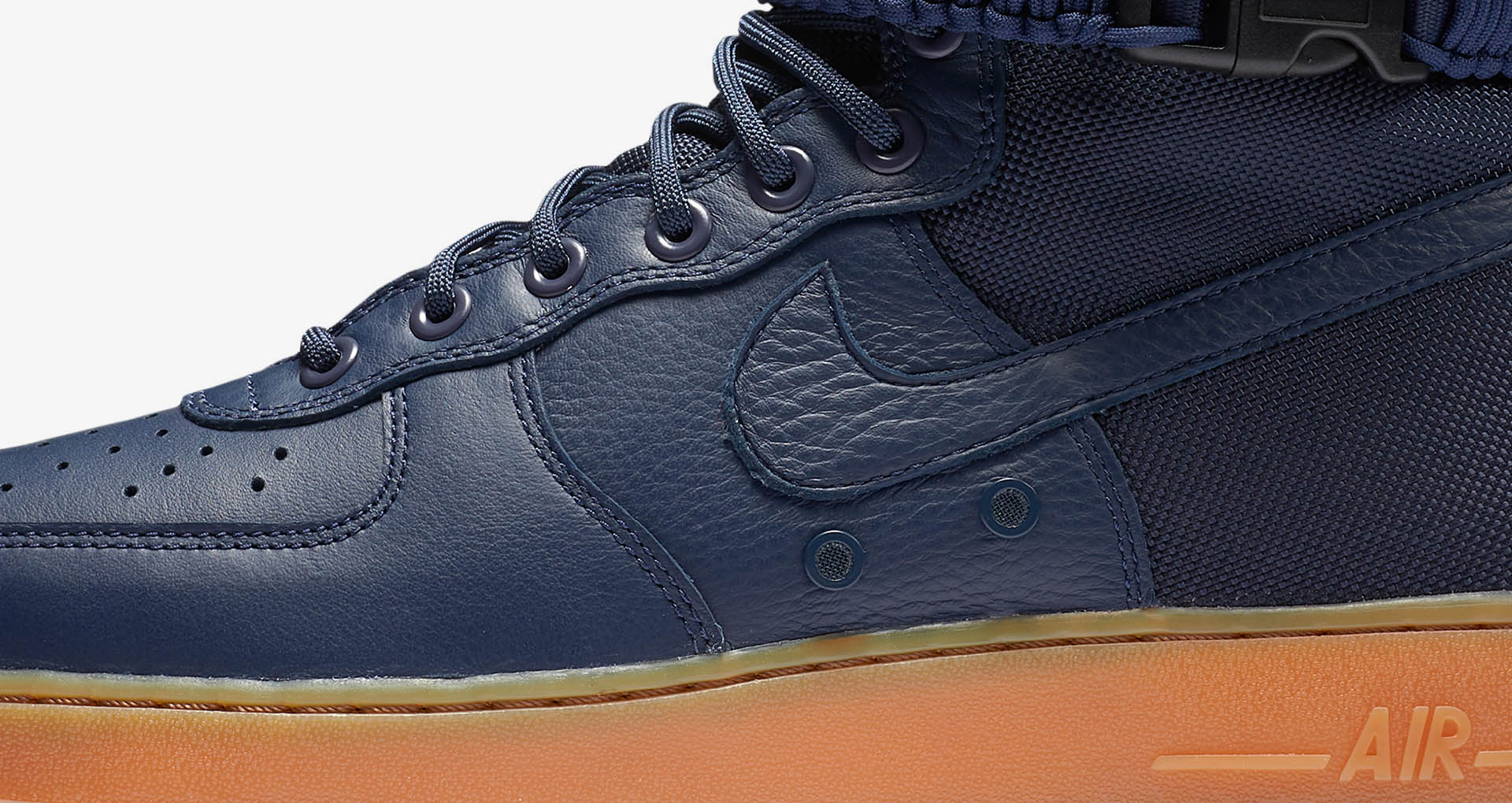 nike-sf-af1-special-field-air-force-1-midnight-navy-gum-1