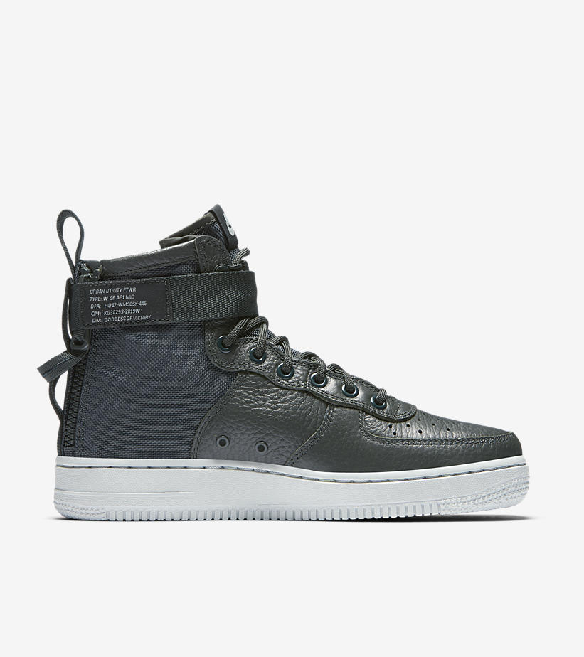 04-nike-womens-sf-af1-mid-outdoor-green-light-pumice-aa3966-300