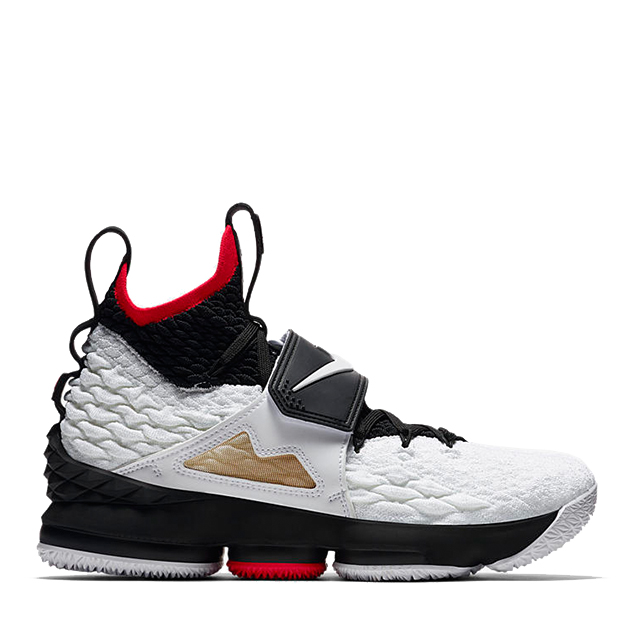 nike-lebron-15-diamond-turf-ao9144-100