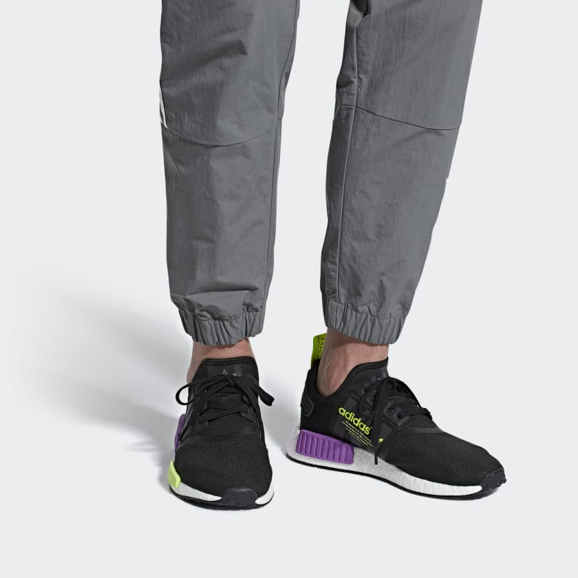 03-adidas-nmd_r1-black-purple-shock-d96627
