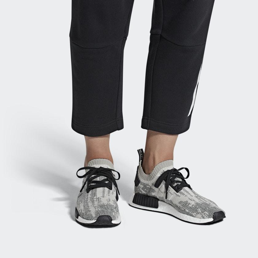 03-adidas-nmd_r1-pk-sesame-aq0899