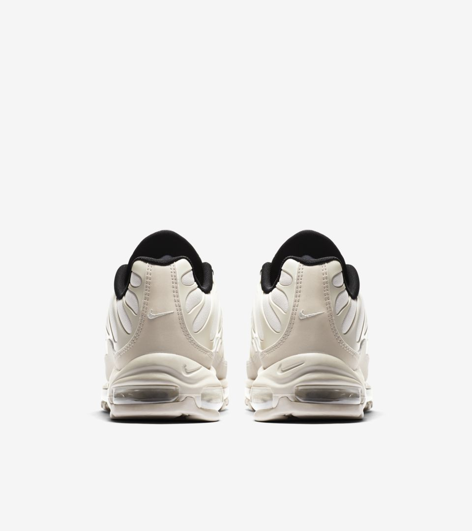 05-nike-air-max-97-plus-light-orewood-brown-ah8144-101
