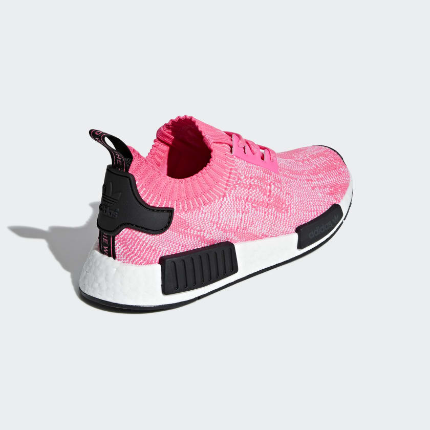 06-adidas-womens-nmd_r1-pk-solar-pink-aq1104