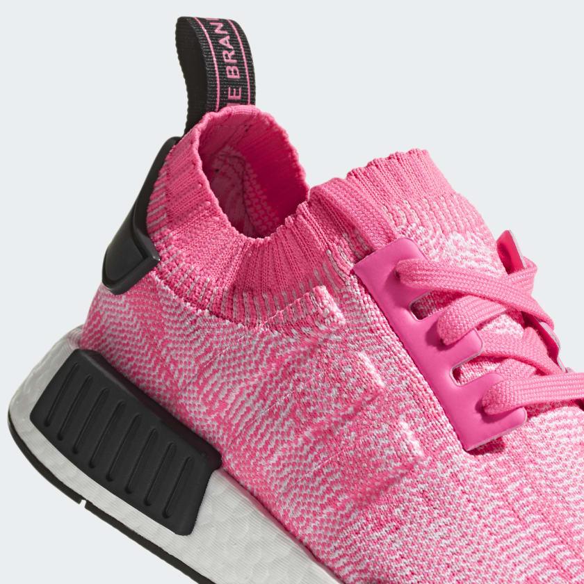 09-adidas-womens-nmd_r1-pk-solar-pink-aq1104