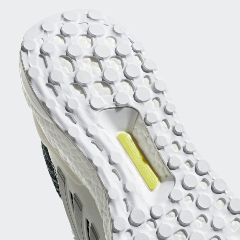 010-adidas-ultra-boost-ltd-white-metallic-silver-cm8272