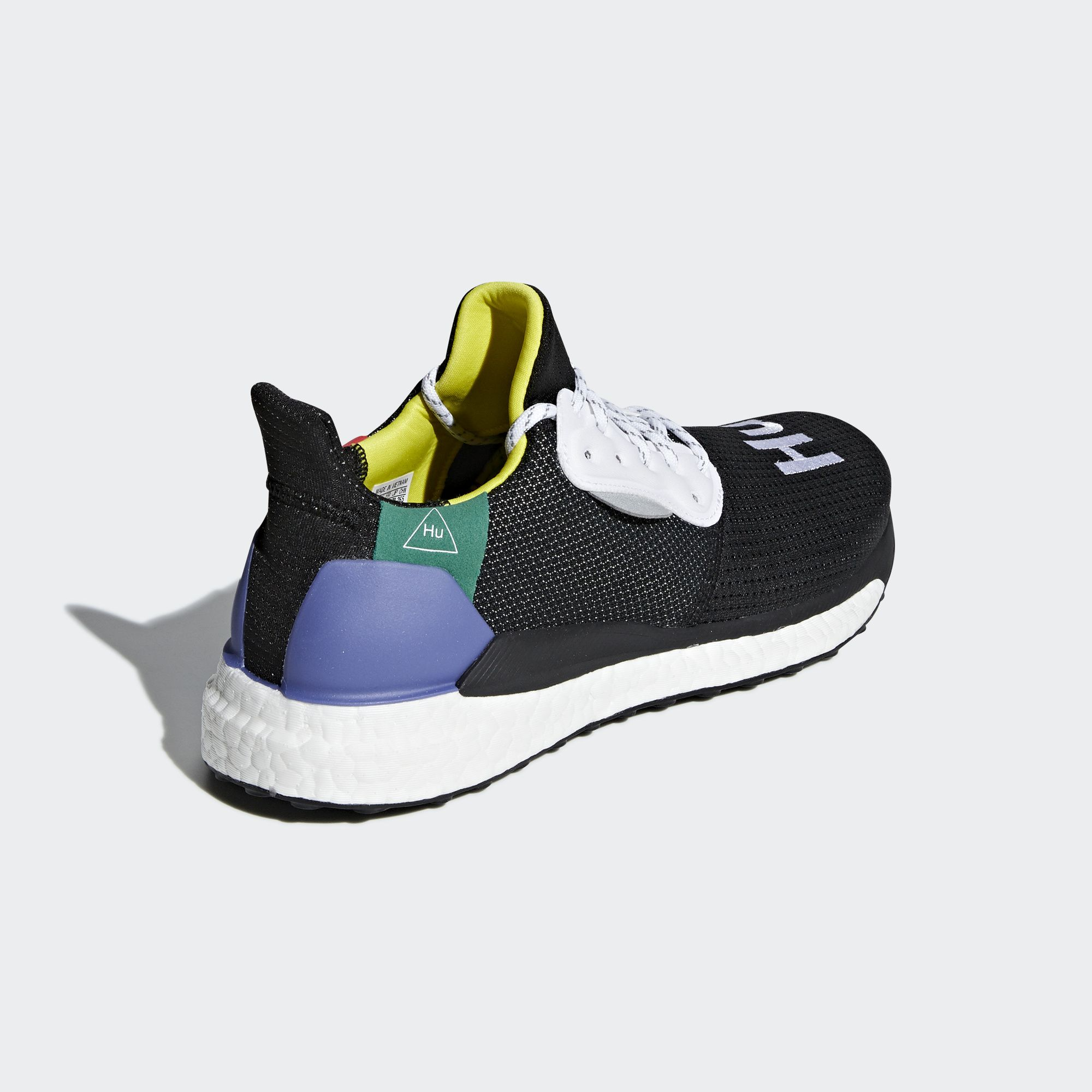 04-adidas-pharrell-williams-hu-solar-glide-00-black-bb8041