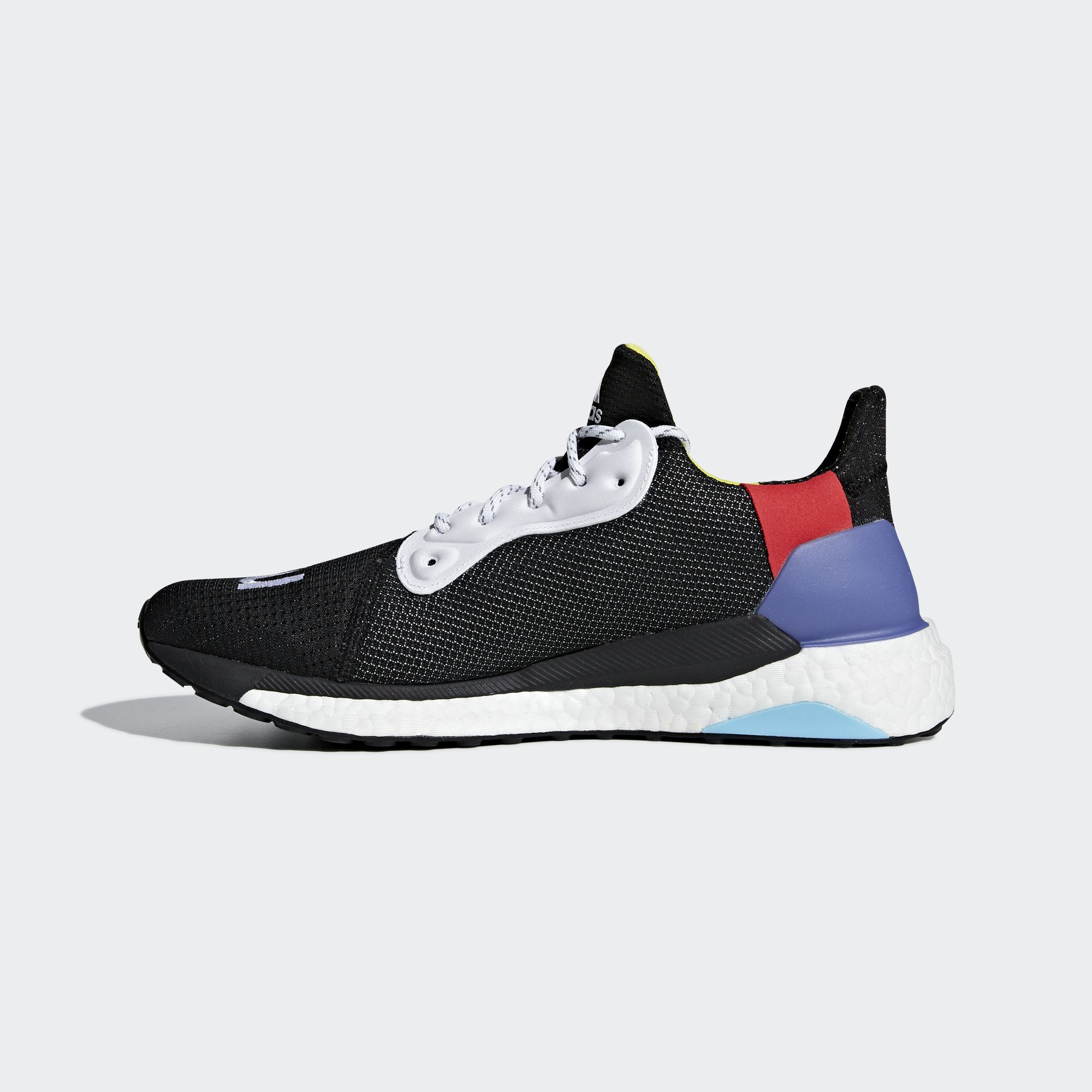 05-adidas-pharrell-williams-hu-solar-glide-00-black-bb8041