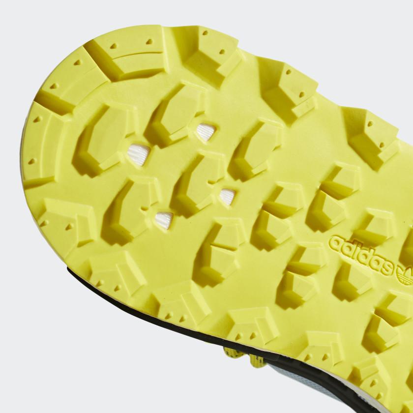 010-adidas-nmd-hu-pharrell-williams-inspiration-pack-clear-sky-ee7581