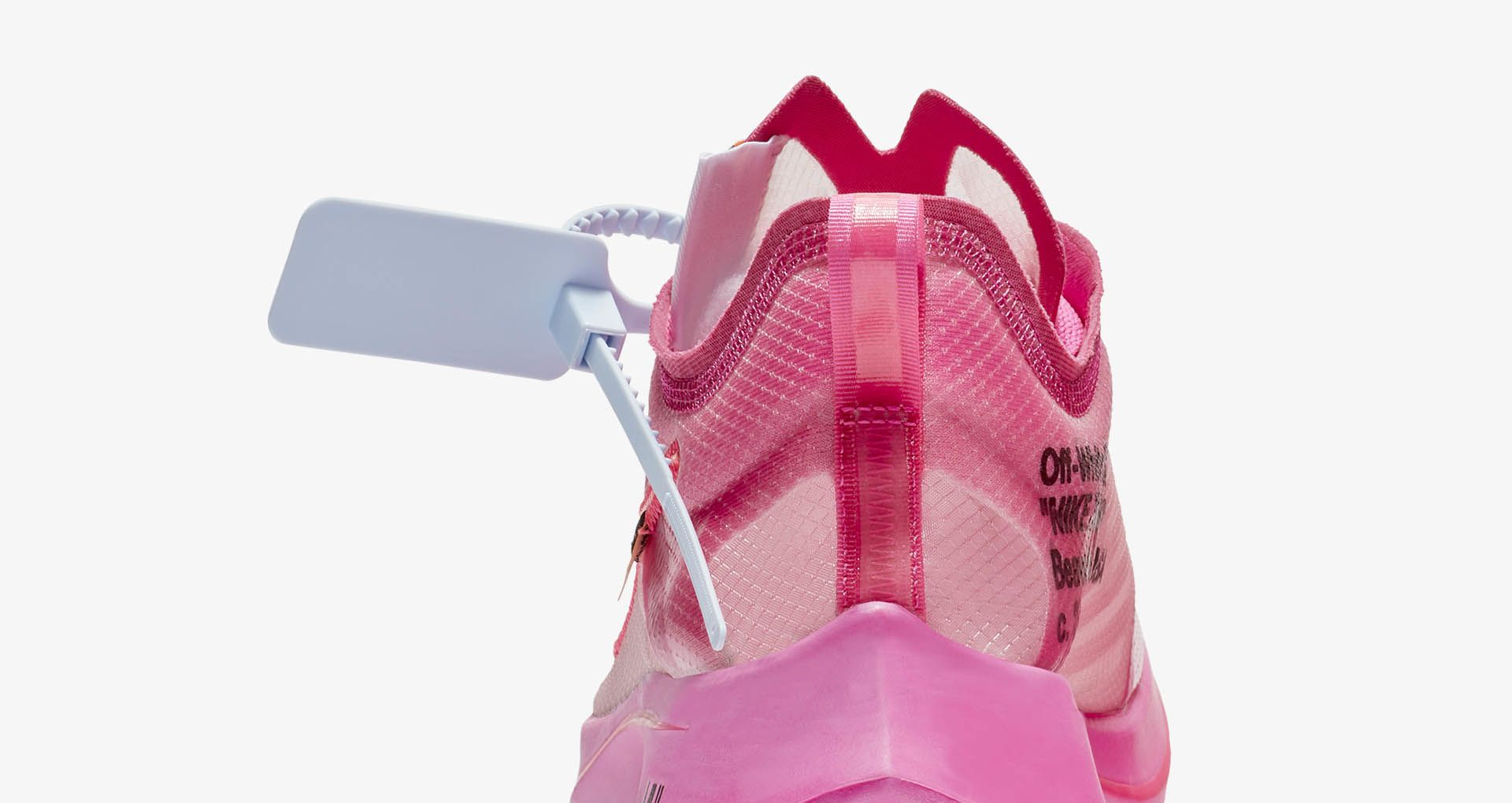 010-nike-zoom-fly-sp-off-white-pink-aj4588-600