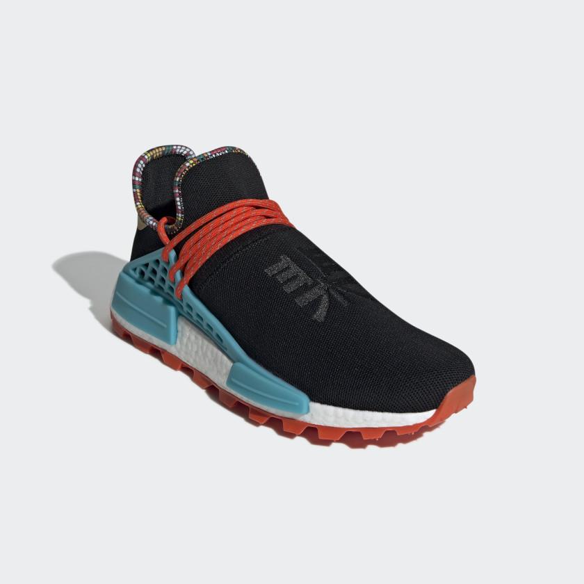 05-adidas-nmd-hu-pharrell-williams-inspiration-pack-black-ee7582