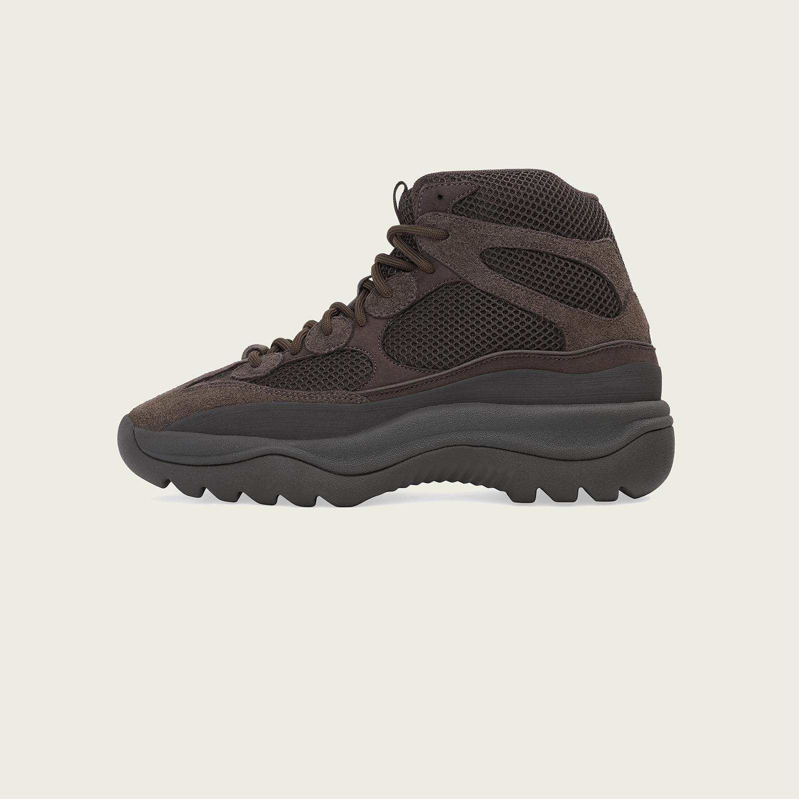 01-adidas-yeezy-desert-boot-oil-eg6463