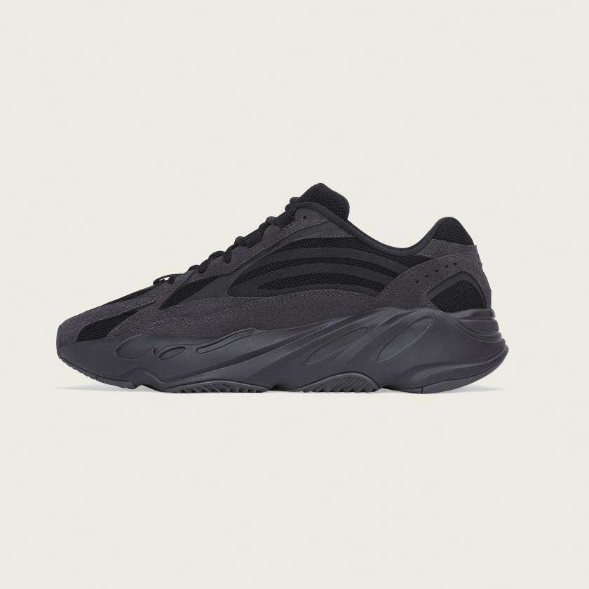 01-adidas-yeezy-boost-700-v2-vanta-fu6684
