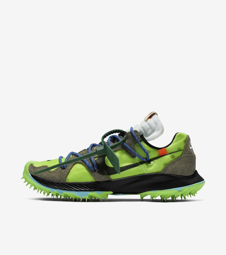 02-nike-womens-zoom-terra-kiger-5-off-white-green-cd8179-300