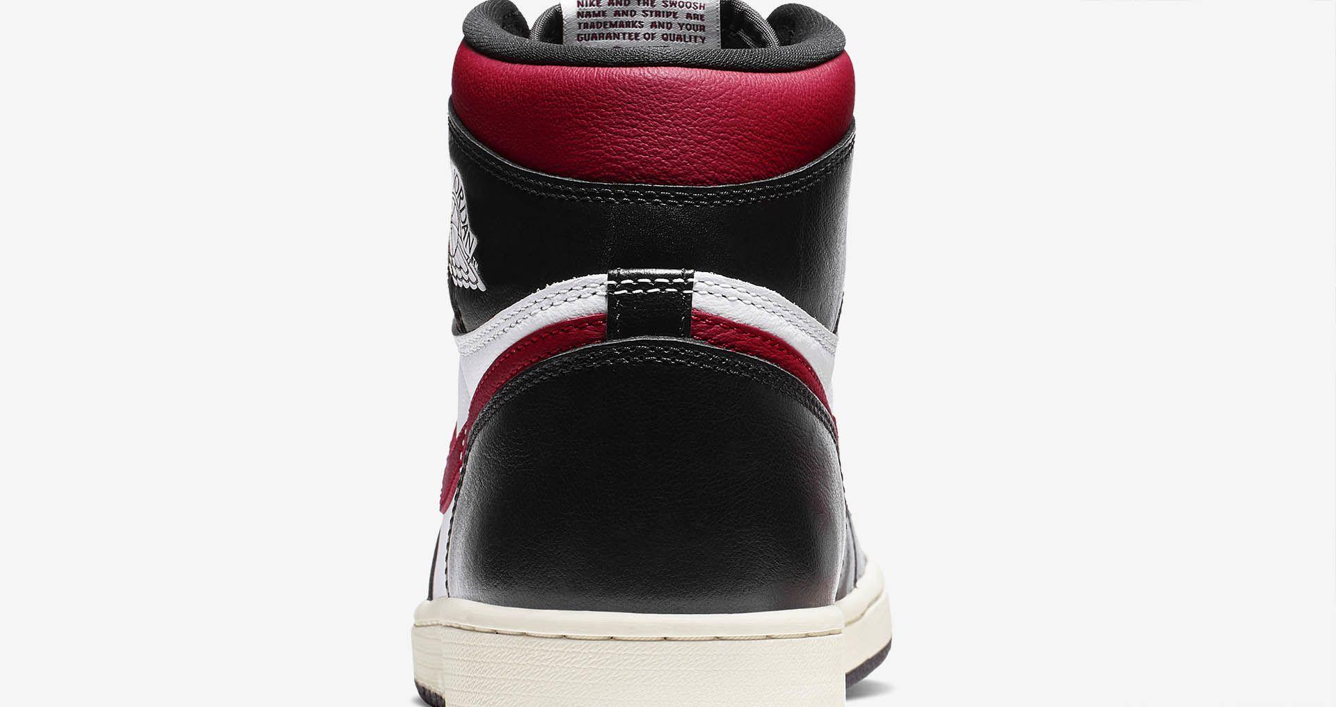 10-air-jordan-1-high-og-black-gym-red-555088-061