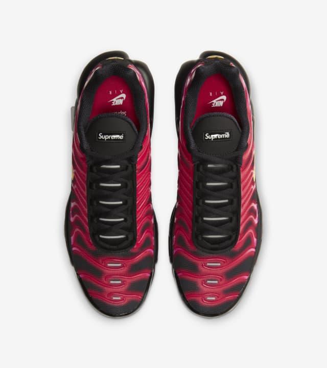 04-nike-air-max-plus-supreme-fire-pink-da1472-600